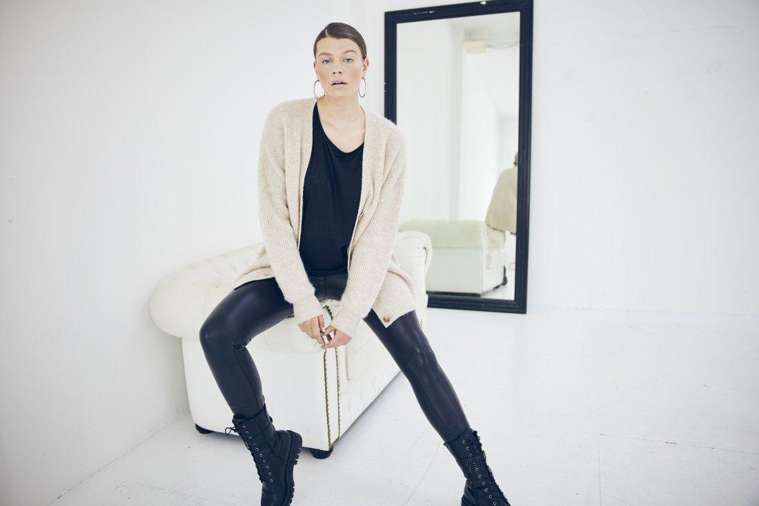 Strickjacke, lang, oversized, V-Ausschnitt, Langarm, Premium