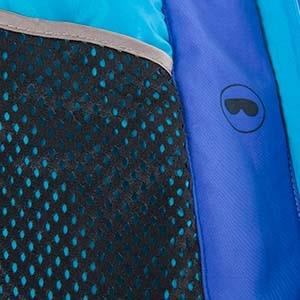 Beispiel für einen atmungsaktiven Stoff an einem Kleidungsstück von Ulla Popken