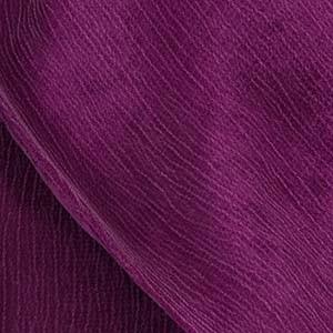 Detailaufnahme vom Cupro Stoff eines Ulla Popken Kleidungsstücks