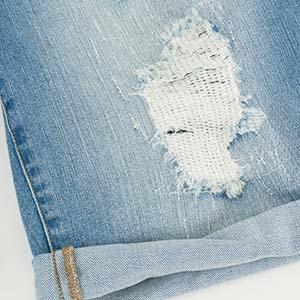 Destroyed- Effekt an einem Ulla Popken Kleidungsstück