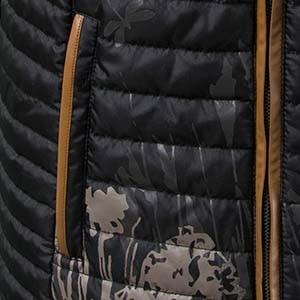 Detailaufnahme einer Paspel an einem Kleidungsstück von Ulla Popken