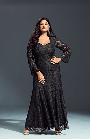 Sensational Lace Event Lined Maxi Dress