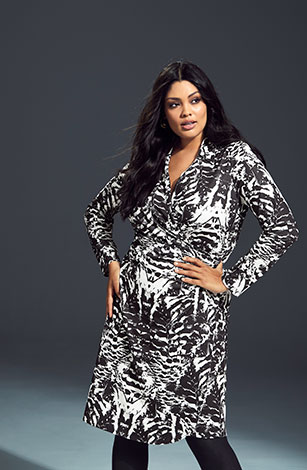 The Essential Print Stretch Knit Wrap Dress